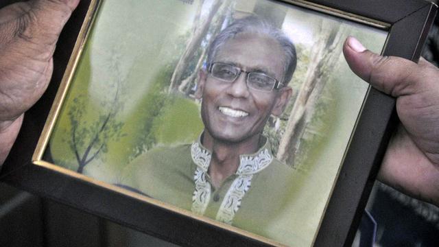 Bengalese hoogleraar op straat vermoord