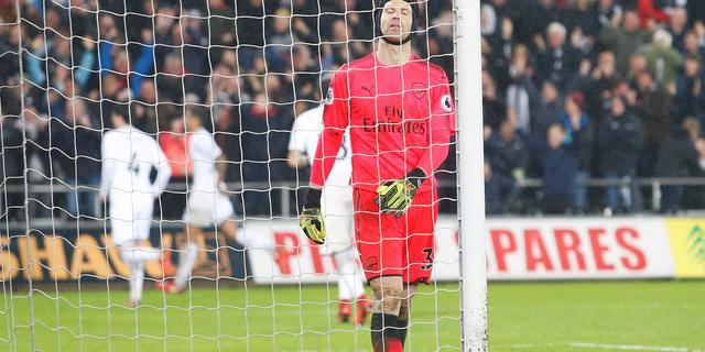 Wenger vindt het beter om niet over blunder Cech te praten