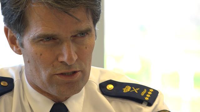 Politie test met stroomstootwapens na incidenten jaarwisseling