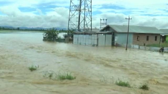 Hevige regenval zorgt voor overstromingen in Noordoost-India