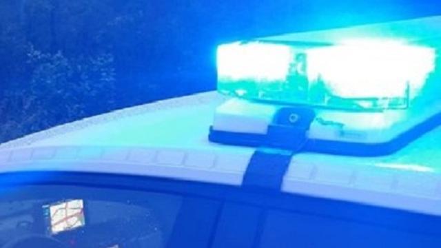 Auto crasht en slaat over kop in Bergen op Zoom na achtervolging