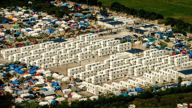 Ruim achtduizend migranten in vluchtelingenkamp bij Calais