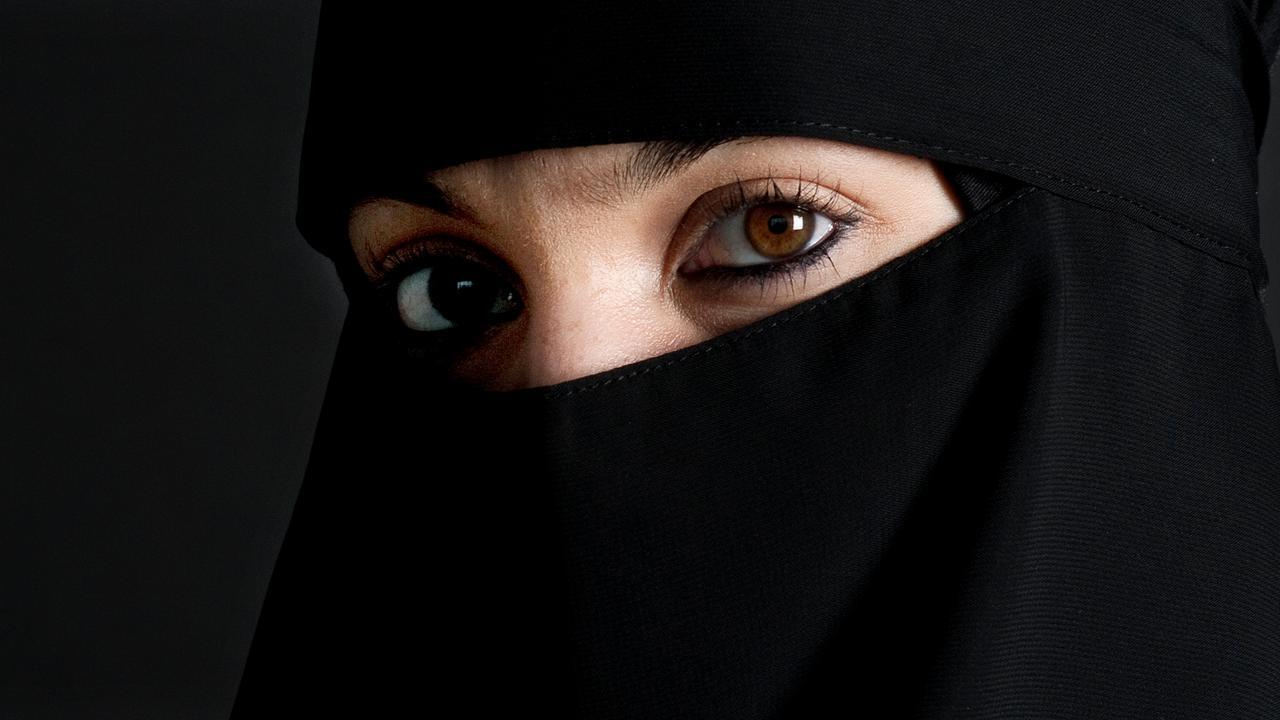 Zo gaan andere landen om met de discussie over de boerka en nikab