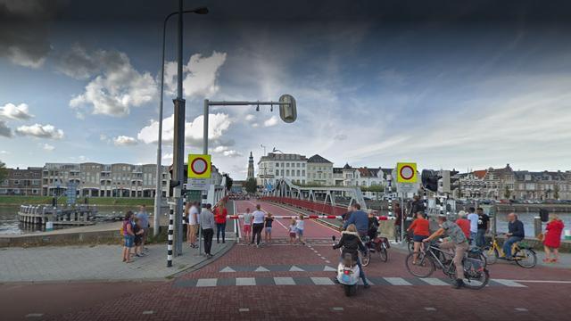 Pontonbrug in Middelburg 20 en 21 november dicht door werkzaamheden