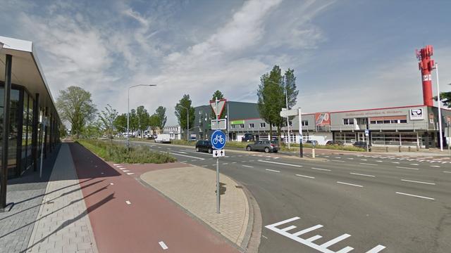 Twee gewonden door botsingen aan Oudeweg