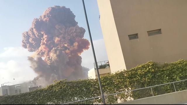 Wat we tot nu toe weten over de explosie in Beiroet