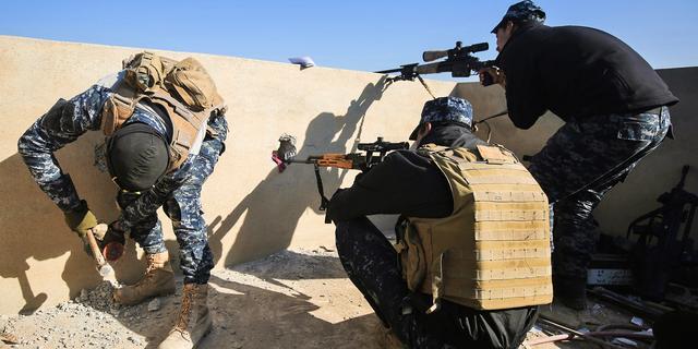 Iraakse troepen heroveren vliegveld Mosul in strijd tegen IS
