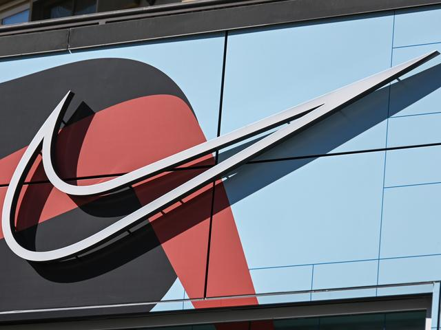 Etna A rayas sequía  Nike closes head office in Hilversum after corona infection