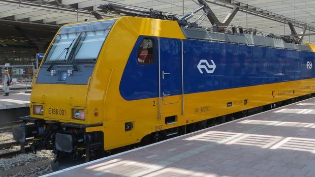 Reizigers drie uur vast in gestrande trein tussen Rotterdam en Breda
