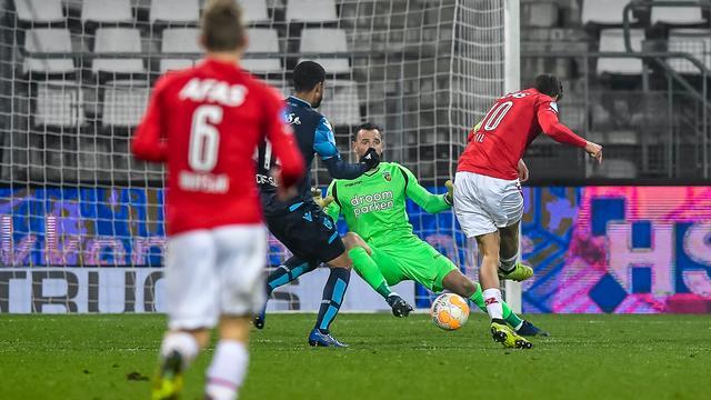 AZ klopt Vitesse en staat voor vierde jaar op rij in halve finale beker