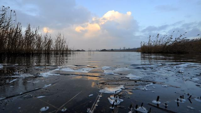 Schaatsbond waarschuwt voor dun ijs