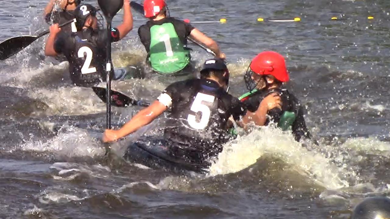 Kanopoloërs beuken elkaar omver bij groot toernooi in Nederland