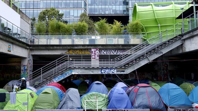 Duizenden immigranten weggestuurd uit tentenkamp bij Parijs