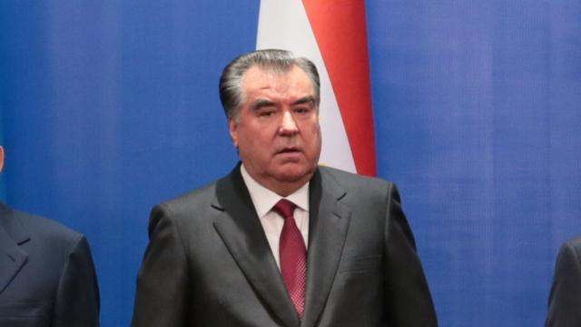 President Tadzjikistan mag na grondwetswijziging levenslang regeren