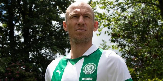 Arjen Robben (36) maakt rentree als voetballer bij FC Groningen