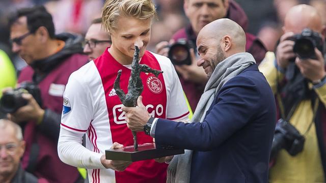 Ajax-trainer Bosz verrast door ruime nederlaag Feyenoord