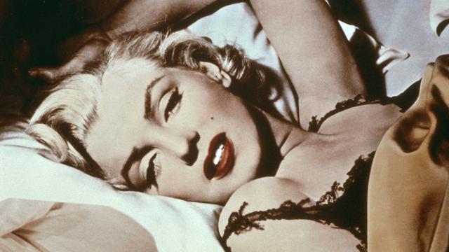 Pluk haar Marilyn Monroe wordt online geveild