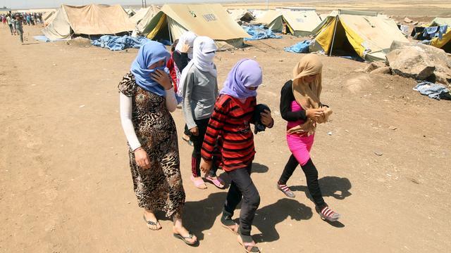 'Zestigduizend vluchtelingen door nieuwe aanval IS'