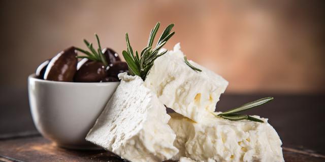 Brussel klaagt Denemarken aan: witte kaas mag geen feta heten