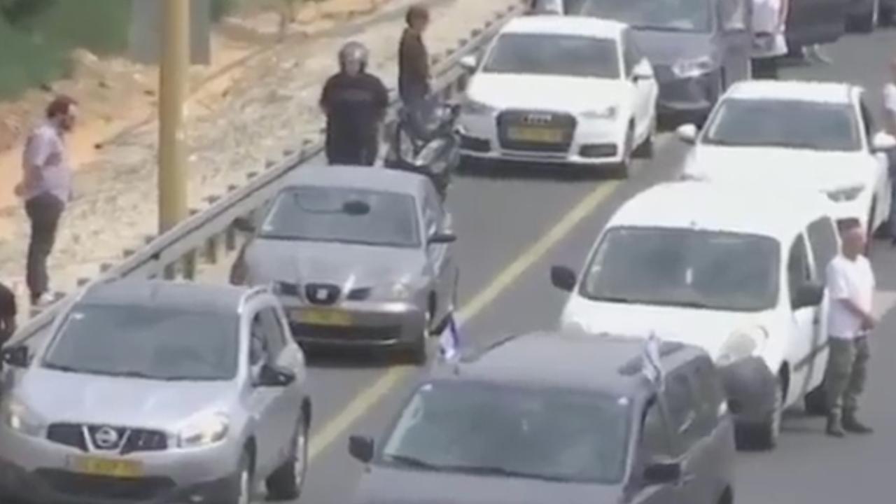 Luchtalarm gaat minutenlang af terwijl Israël stil staat bij Holocaust