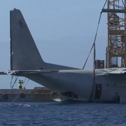 Video: Jordanië laat groot militair vliegtuig zinken in zee voor koraal