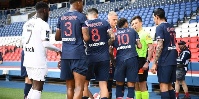 Neymar mist twee competitieduels PSG door schorsing na rode kaart
