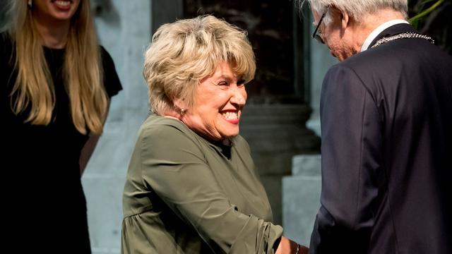 Veertig Amsterdammers ontvangen lintje in Nieuwe Kerk