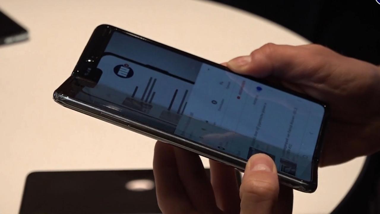Eerste indruk: Wat biedt de eerste opvouwbare telefoon van Samsung?