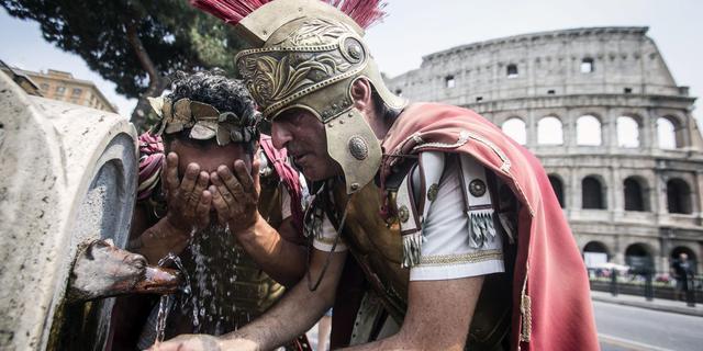 Rome verbiedt straatartiesten rond Colosseum