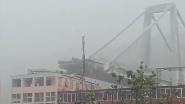 Ravage na instorten hangbrug Genua
