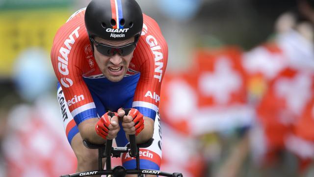 Dumoulin eindigt als derde in Ronde van Zwitserland na zege in tijdrit