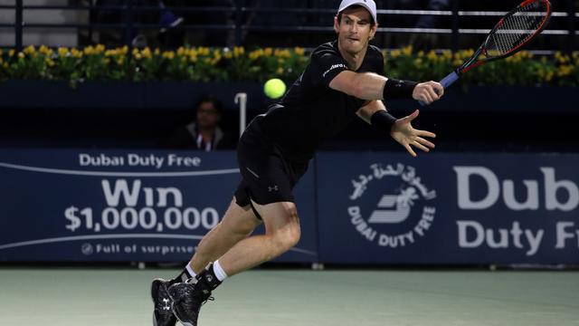 Murray overleeft zeven matchpoints in 'belachelijke' tiebreak in Dubai