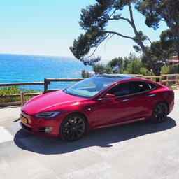 Zelfrijdende functie van in Texas gecrashte Tesla waarschijnlijk uitgeschakeld