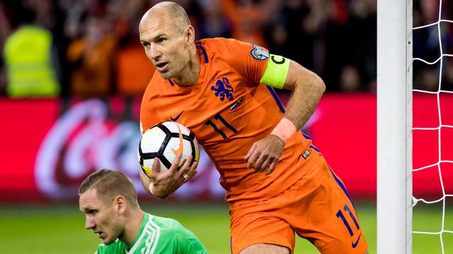 Krantenoverzicht: Robben laat een gapende leegte achter bij Oranje