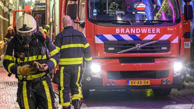 Brandweer rukt uit voor gebouwbrand in de Barnsteenstraat