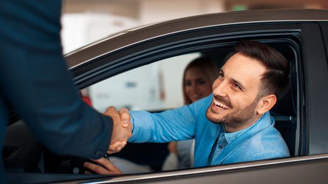 Zo bepaal je de vraagprijs van je auto