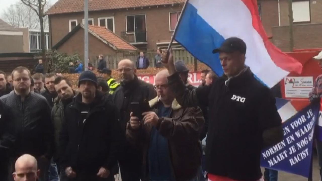 Arrestatie bij Pegida-demonstratie in Ede