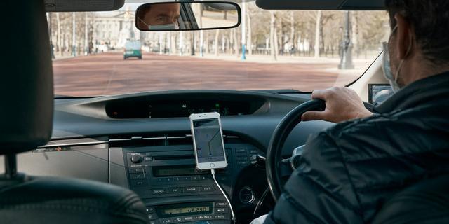 Rechter legt bom onder bedrijfsvoering Uber, sectorgenoten in spanning