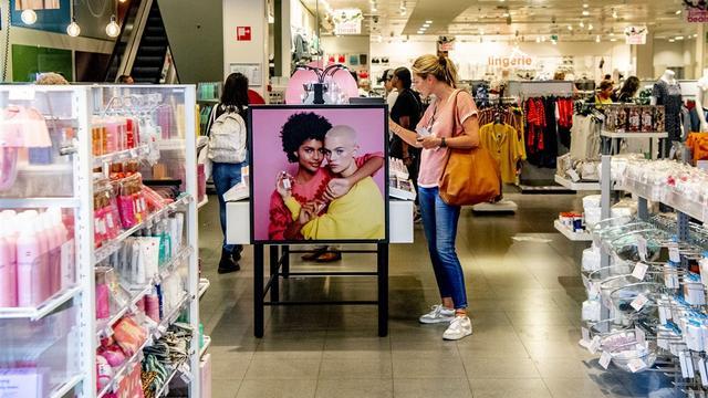 Omzet winkeliers groeit met ruim 3 procent, vooral online omzet stijgt hard