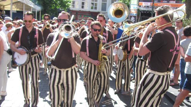 Tienduizenden bezoekers op eerste dag Breda Jazz Festival