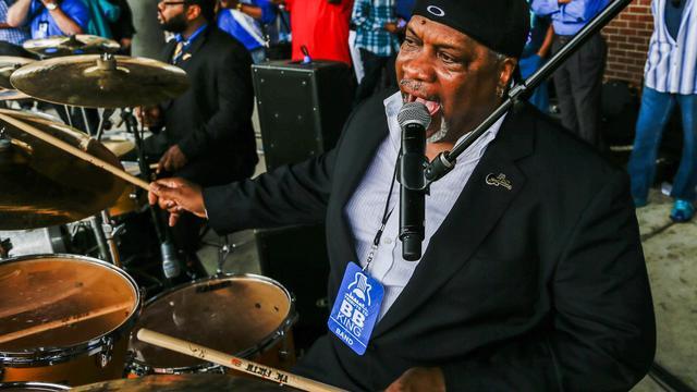 B.B. King-drummer Tony Coleman treedt op in Amsterdam