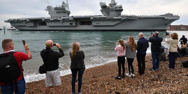 Lek in gloednieuw Brits vliegdekschip van 3,5 miljard