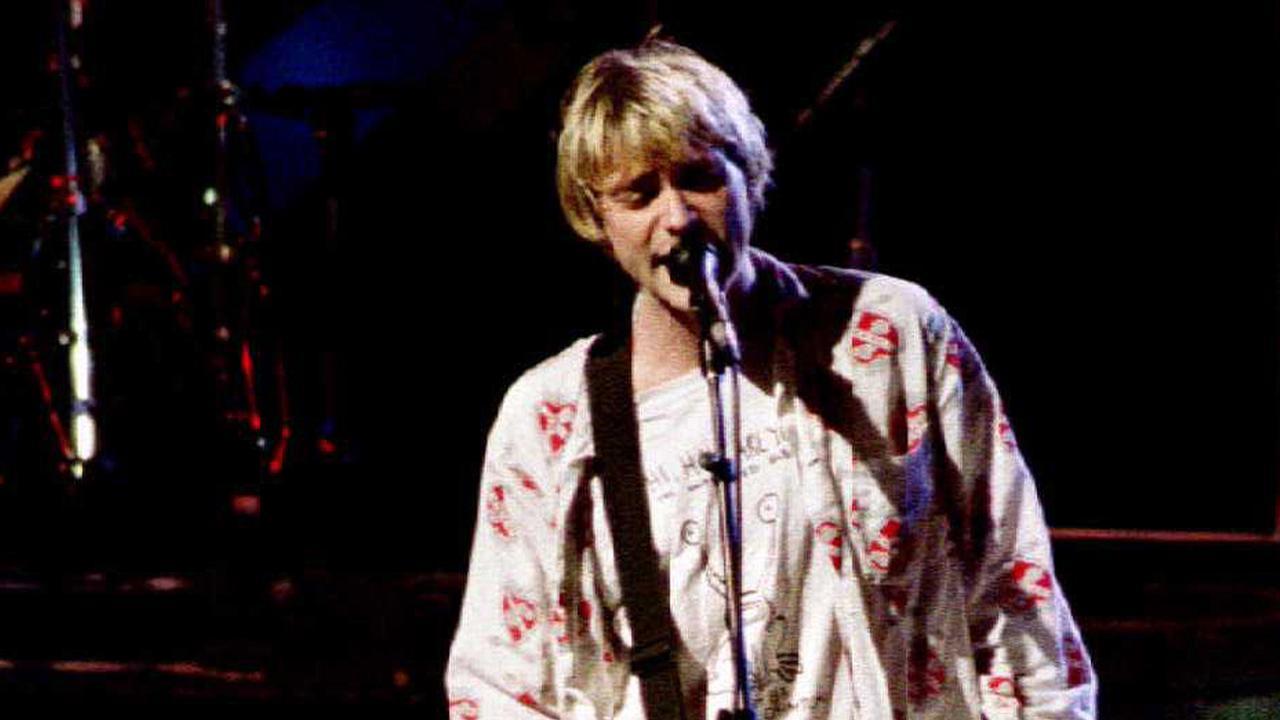 Gitaar Kurt Cobain geveild: Beroemde instrumenten onder de hamer