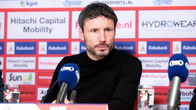 Van Bommel voelt zich voor duel met Fortuna gesteund door PSV-directie