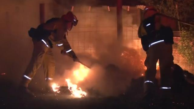 Brandweer druk bezig met blussen grote bosbrand in Californië