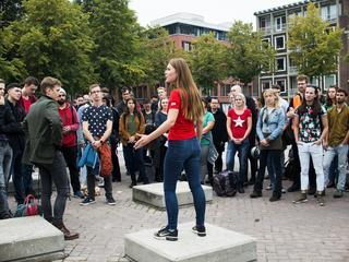 Studenten eisen gratis noodopvang tijdens sleep-in
