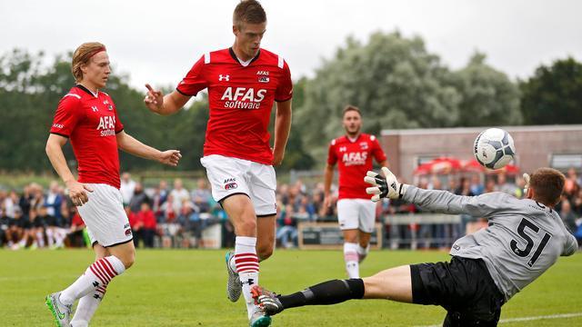 AZ verslaat Dundee United, Vitesse gelijk tegen Sparta Praag