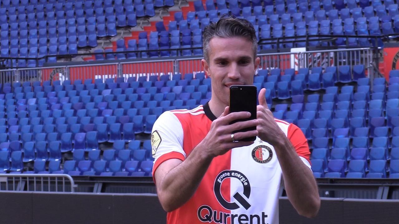 Van Persie terug bij Feyenoord: 'Het is een mooie reis geweest'