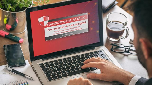 Cybersecuritybedrijven gaan samen de strijd tegen stalkerware aan
