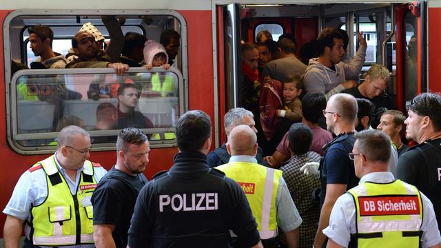 'Duitse deelstaten leggen 17 miljard neer voor vluchtelingencrisis'